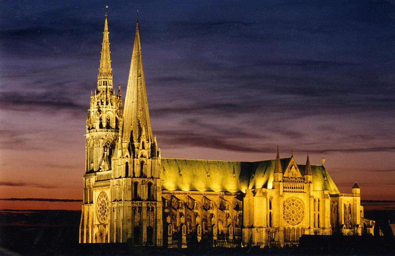 chartres cathedral vindue maria